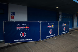 Red Bull Racing garage doors down after they ended the test early