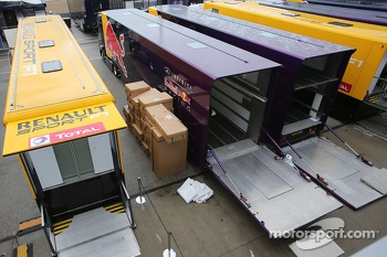 Red Bull Racing is packing up