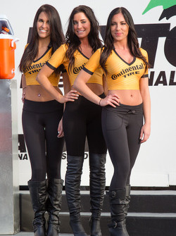 GS victory lane: the Continental Tire girls