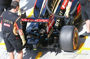 Lotus F1 E22 rear wing and rear diffuser detail
