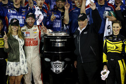 Winner Dale Earnhardt Jr., Hendrick Motorsports Chevrolet with Rick Hendrick
