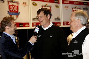Champion's breakfast: crew chief Steve Letarte and Rick Hendrick, team owner