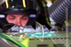 Nico Rosberg, Mercedes AMG F1 W05 cockpit screen detail