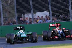 Marcus Ericsson, Caterham F1 Team and Pastor Maldonado, Lotus F1 Team  16