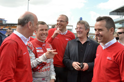 Dr. Wolfgang Ullrich, head of Audi Motorsport, Tom Kristensen and Benoit Tréluyer