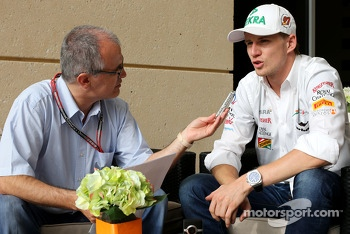 Luis Vasconcelos, F1 Journalist and Nico Hulkenberg, Sahara Force India