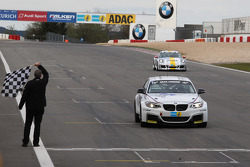 Alexander Hofmann, Jettro Bovingdon, Alexander Mies, BMW Motorsport, BMW M235i Racing takes the checkered flag