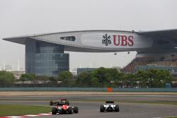 Max Chilton, Marussia F1 Team and Felipe Massa, Williams F1 Team