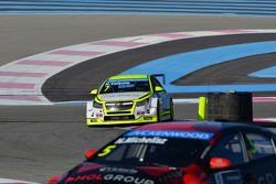 Hugo Valente, Chevrolet RML Cruze TC1, Campos Racing and Norbert Michelisz, Honda Civic WTCC, Zengo Motorsport