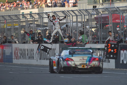 #4 Goodsmile Hatsunemiku BMW Motorsport Z4 GT3: Nobuteru Taniguchi, Tatsuya Kataoka takes the win