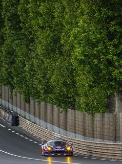 #72 SMP Racing Ferrari 458 Italia: Andrea Bertolini, Viktor Shaitar, Alexey Basov