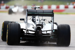 Nico Rosberg, Mercedes AMG F1 W05 running a GoPro camera on the rear wing
