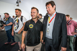 Lotus T129 LMP1 presentation: Christophe Bouchut with Gérard Neveu, CEO of the FIA WEC