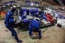 Pit stop for #27 SMP Racing Oreca 03 - Nissan: Sergey Zlobin, Mika Salo, Anton Ladygin