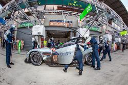 Pit stop for #98 Aston Martin Racing Aston Martin Vantage V8: Paul Dalla Lana, Pedro Lamy, Christoffer Nygaard