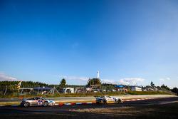 #23 Rowe Racing Mercedes-Benz SLS AMG GT3: Klaus Graf, Jan Seyffarth, Thomas Jäger, Richard Göransson, #61 GetSpeed Performance Porsche 997 GT3 Cup: Adam Osieka, Steve Jans, Dieter Schornstein