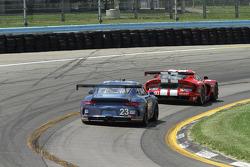 #23 #23 Team Seattle/Alex Job Racing Porsche 911 GT America: Ian James, Mario Farnbacher