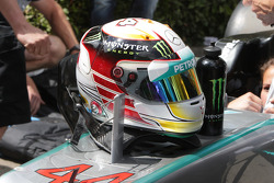 Lewis Hamilton's crash helmet