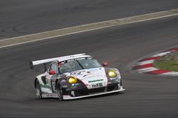 #154 Wochenspiegel Team Manthey Porsche 911 GT3 RSR: Georg Weiss, Oliver Kainz, Michael Jacobs, Jochen Krumbach