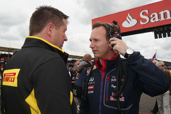 Paul Hembery, Pirelli Motorsport Director with Christian Horner, Red Bull Racing Team Principal on the grid