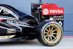 The Lotus F1 E22 with new 18 inch Pirelli tyres and rims