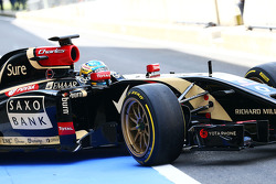 F1: Charles Pic, Lotus F1 E22 Third Driver leaves the pits running new 18 inch Pirelli tyres and rims