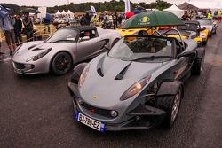 Lotus parade