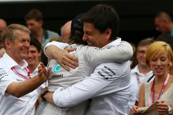 F1: 1st place Nico Rosberg, Mercedes AMG F1 W05 and Toto Wolff, Mercedes AMG F1 Shareholder and Executive Director