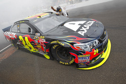 NASCAR-CUP: Race winner Jeff Gordon, Hendrick Motorsports Chevrolet