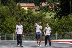 Gary Paffett, HWA DTM Mercedes AMG C-Coupé walks the track