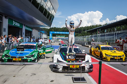 Parc fermé: race winner Marco Wittmann, BMW Team RMG BMW M4 DTM celebrates