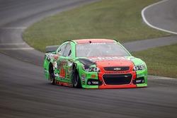 NASCAR-CUP: Danica Patrick, Stewart-Haas Racing Chevrolet crash
