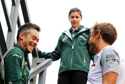 F1: (L to R): Andre Lotterer, Caterham F1 Team with Jenson Button, McLaren