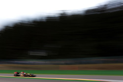 Romain Grosjean, Lotus F1 E22