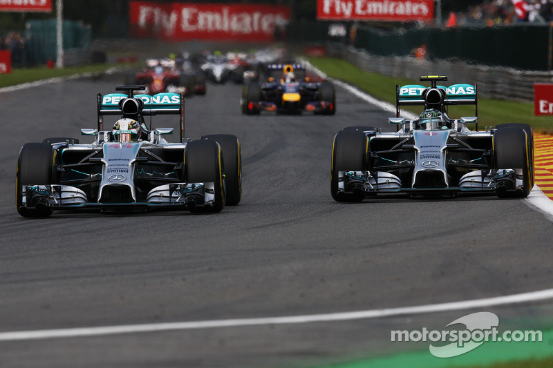 (L to R): Lewis Hamilton, Mercedes AMG F1 W05 and team mate Nico Rosberg, Mercedes AMG F1 W05 battle for position shortly before making contact