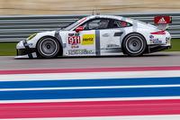 #911 Porsche North America Porsche 911 RSR: Jörg Bergmeister, Nick Tandy, Richard Lietz