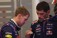 Sebastian Vettel, Red Bull Racing with Guillaume Rocquelin, Red Bull Racing Race Engineer