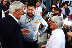 Marco Tronchetti Provera, Presidente Pirelli con Paul Hembery, Direttore Pirelli Motorsport e Bernie Ecclestone (GBR)