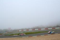 #12 Manthey Racing Porsche 911 GT3 R: Frederic Makowiecki, Otto Klohs