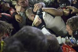 Post race brawl between the crews of Jeff Gordon and Brad Keselowski