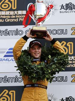 Winner Felix Rosenqvist, Kashbet.com by Mücke Motorsport Dallara F312 Mercedes-HWA