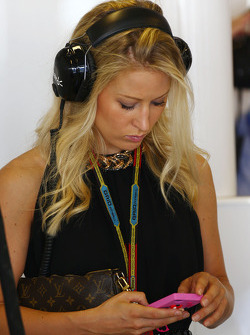 Jennifer Becks, girlfriend of Adrian Sutil, Sauber