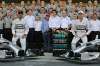 (L to R): Lewis Hamilton, Mercedes AMG F1 and team mate Nico Rosberg, Mercedes AMG F1 at a team photograph