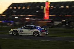 #18 Muehlner Motorsports America Porsche 911 GT America: Marc Basseng, Michael Lira, Darryl O'Young, Connor de Phillippi, Niki Mayr-Melnhof