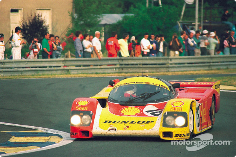 #18 Porsche AG Porsche 962C: Bob Wollek, Sarel van der Merwe, Vern Schuppan