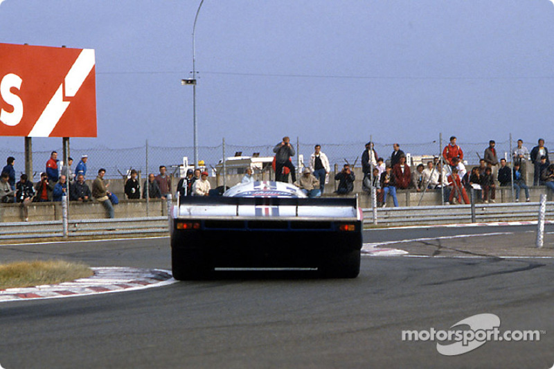 #1 Rothmans Porsche Porsche 962C: Hans-Joachim Stuck, Derek Bell, Al Holbert