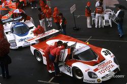 #38 Toyota Team Tom's Toyota 88C