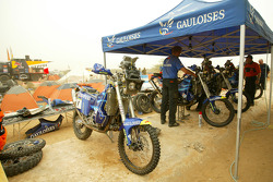 KTM service area at the Atar bivouac
