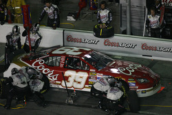 Pitstop at the end of the first segment: Bill Elliott