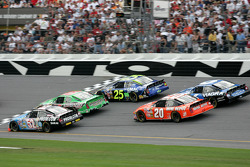 Larry Gunselman, Bobby Labonte and Brian Vickers go three-wide